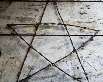 Vintage Barb Wire Star / Vintage Star / Farmhouse Decor / Cottage Decor / Bohemian Home / Texas / Farmhouse Style / Rustic Decor / Cabin