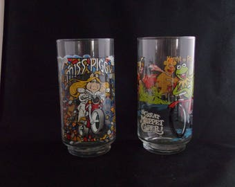 1981 McDonald's Great Muppet Caper Collectible Cup Pair of 2