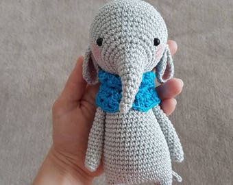 Cute crocheted amigurumi elephant handmade süß gehäkelt elefant gift idea geschenk idee