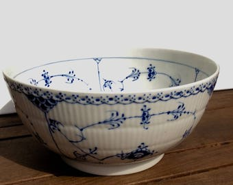 Royal Copenhagen Blue Fluted Half-Lace Salad Bowl