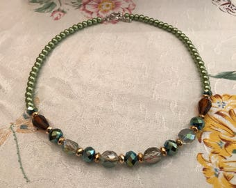 Green & Gold Victorian Beauty Necklace