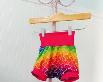 LIQUIDATION scalable shorts 9-36 months, children's clothing, baby, scales, Mermaid, girl clothing, summer