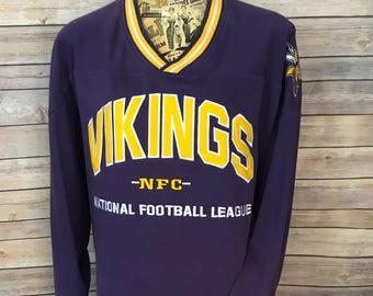 Vintage Minnesota Vikings NFC NFL V Neck Sweatshirt (XL)