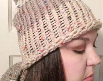 Winter hat for her, womens winter hat, winter hat with pom, beige winter hat, knitted winter hat, gifts for her