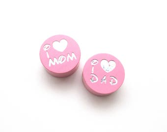 I Love Mom, I Love Dad Glitter Pink wooden bead