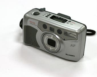 Vintage Bell & Howell PZ2100 38-70mm 35mm Point and Shoot Camera
