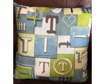 Shabby Look Initial T Throw Pillow