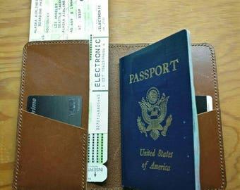 "The ""Hemingway"" leather passport wallet"