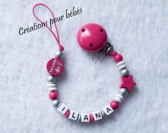 "Girl personalized pacifier clip with wooden beads ""I love Mommy / I love Daddy"""