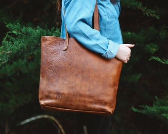 Fore Street Tote Bag - Made in Maine Top Grain Leather Tote - Rogue Industries
