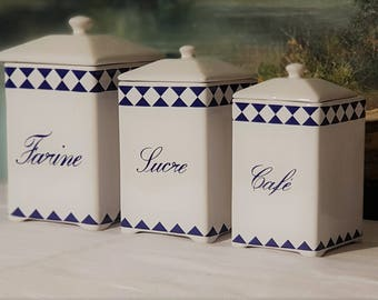 Beautiful set of 3 kitchen canisters