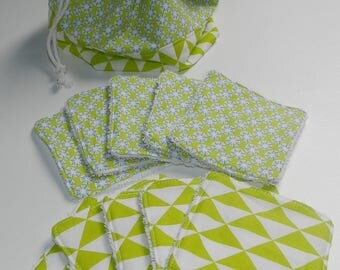 Set of 10 wipes and their matching pouch