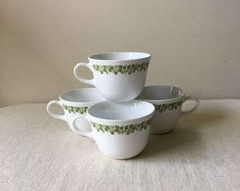 Set of four Coffee cups-Corelle crazy daisy -white-green-coffe mugs-tea cups-dishes-kitchen-farm house-retro-vintage-1970's-house-home-cups