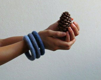 Ombre Stacking bracelet / soft felt jewelry / Indigo blue / eco-friendly / felted wool / Set of three