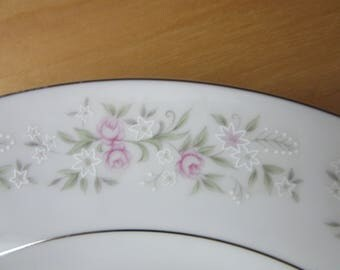 Dinner Plates, Set of 8 - MARIA by GLA, Vintage, Made in Japan in the 1960's