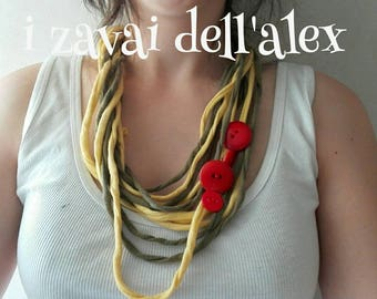 Recycled fabric necklace with buttons