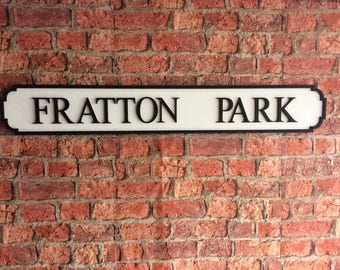 FRATTON PARK vintage wooden street sign