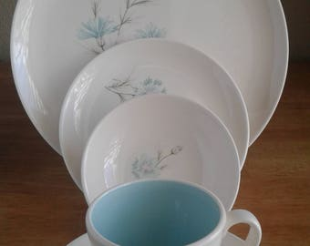 Taylor Smith & Taylor 5 piece Boutonniere place setting - Vintage dinnerware - Mid-Century blue floral china