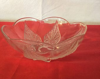 Vintage  anchor hocking scalloped  bowl