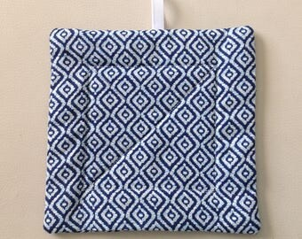 NEW Handmade quilted contemporary Potholder in Navy blue and White cotton decorator fabric.  Insulated. Kitchen hot pad