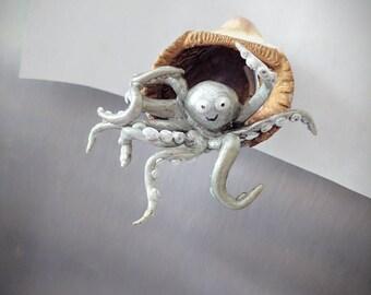 Glow in the dark, octopus magnet