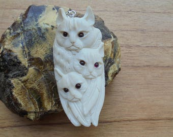Cat Group Bone Pendant with Garnet Stone, Cat Carving, Bali Bone Pendant P323