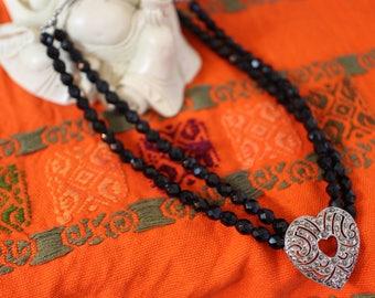 Black Rhinestone Heart Beaded Necklace