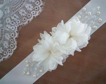 Bridal Belt and sashes, Bridal Belt sash, Flower Bridal sash, Wedding Dress Belt Ivory, White