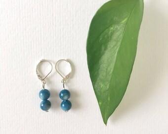 Shell Bead Earrings / Hypoallergenic / Blue earrings / Boho Earrings / Beaded Earrings / Gemstone Earrings