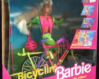 Bicyclin Barbie Blonde 1993 Vintage New in Box