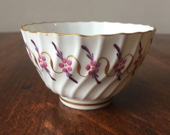 Rare 18th Century Worcester Porcelain Fluted Tea Bowl with Handpainted Pink and Purple Bluebell Design