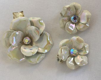 Pearlescent White Flowers With Aurora Borealis Crystal Center Vintage Clip Earrings and Brooch