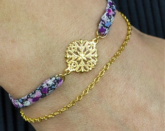 Water lily bracelet - Romantic Bracelet with purple liberty