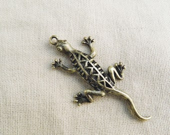 Lizard 3D engraved bronze 52mm x 27mm A22155 2