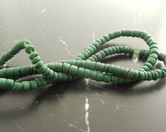 80 694 green coco beads