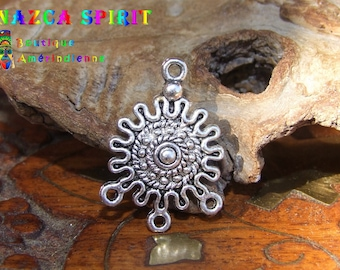 20 Americans Inca ornate engraved Sun shape style connectors in silvered Metal 2.7 cm x 2 cm
