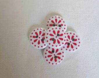 5 fancy flower 14 mm wooden buttons