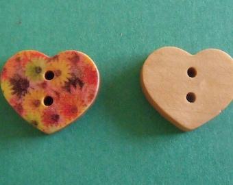set of wooden heart 15mmx17mm 2boutons