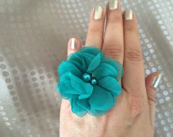 Ring of water green chiffon flower