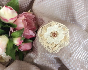 Flower 7 cm beige cotton lace with half Pearl coffee