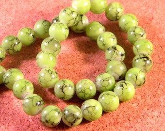20 glass beads green anise marbled black 8 mm TR6