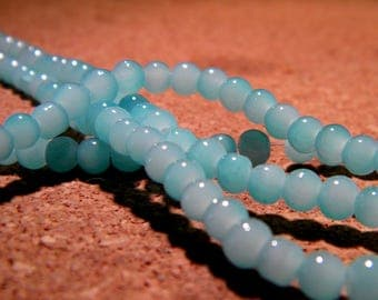 "50 glass beads - 4 mm - way ""jade"" - blue - bright color - PF94-4"