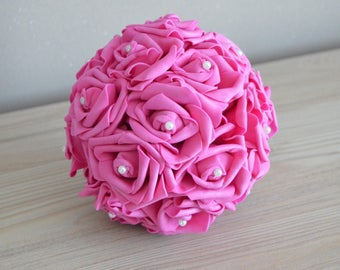 Ball of pink fuchsia with white beads, 20 cm in diameter