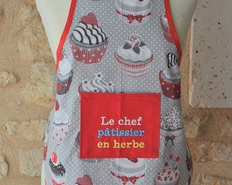 CHILD APRON CHEF PASTRY IN GRASS WITH NAME