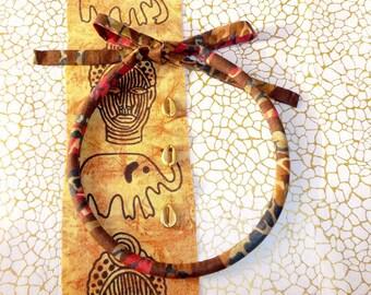"Ethnic Choker necklace the ""Safari"" print fabric."