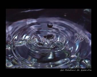 Photo 30X40cm Teardrop Pendant on purple background of water