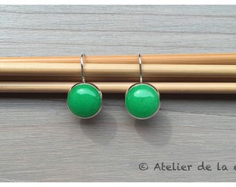 Silver earrings with jade cabochon