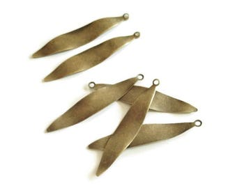 6 long sequins wavy leaf pendants / wave brass 40mm