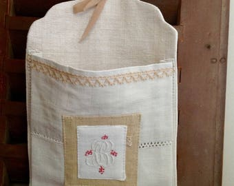 Small wall tidy linen old Monogram BC
