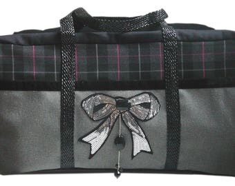 Borsa Week End light gray, dark gray Plaid and Silver Bow sparkly front. Women travel bag.